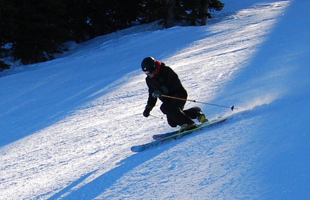 Telemark_position_skiing_apex