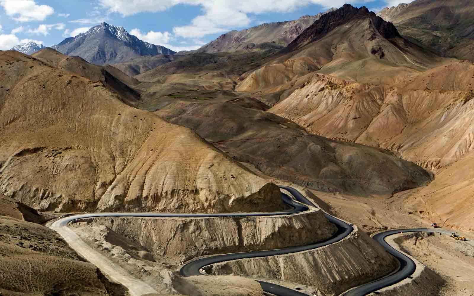Kargil-to-Leh-highway1426868943