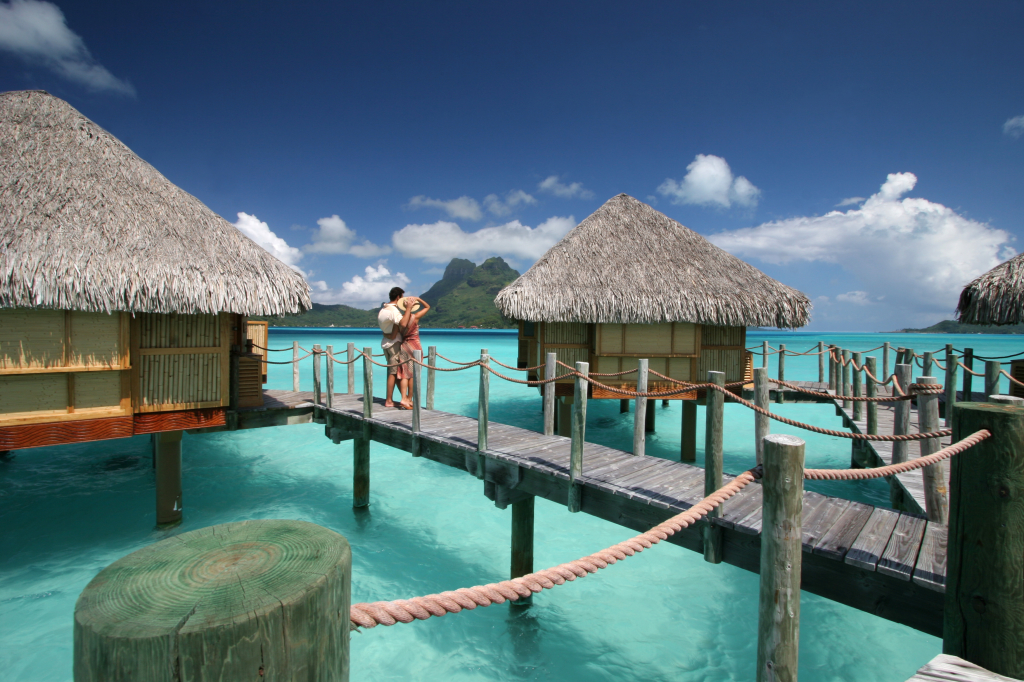 Pearl-Beach-Bora-Bora-Viaggio-di-nozze-overwater-1024x682