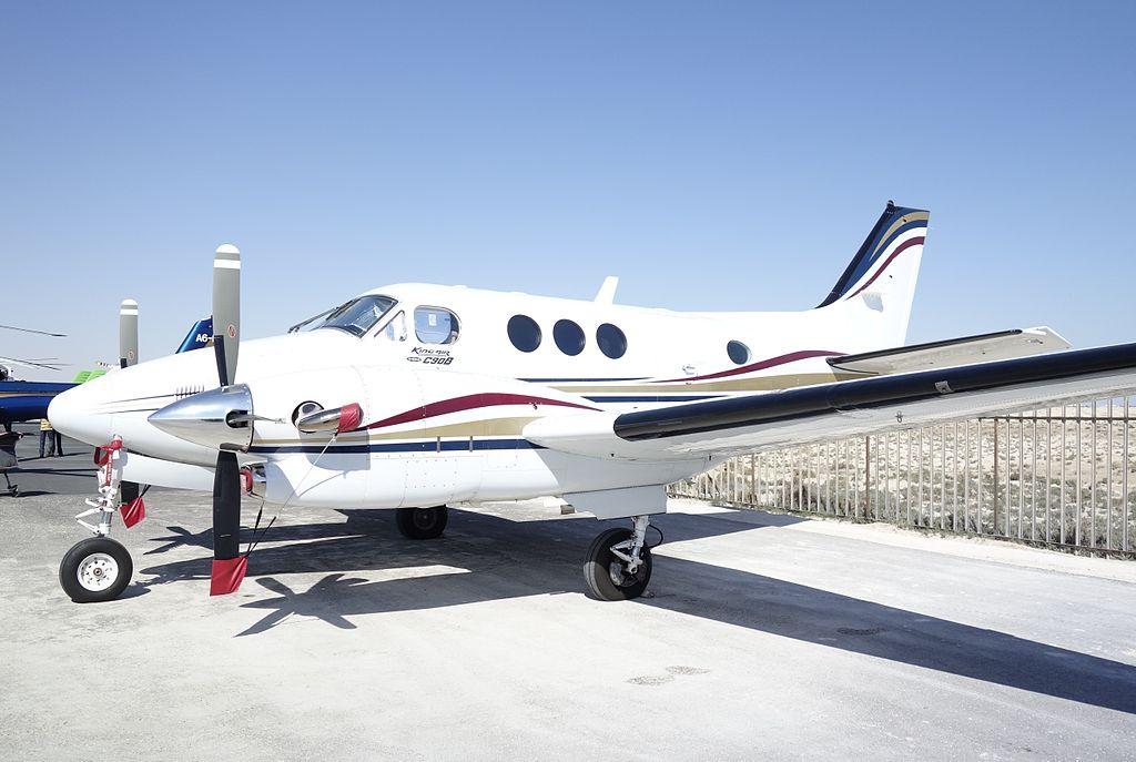 Beechcraft_King_air_C90B