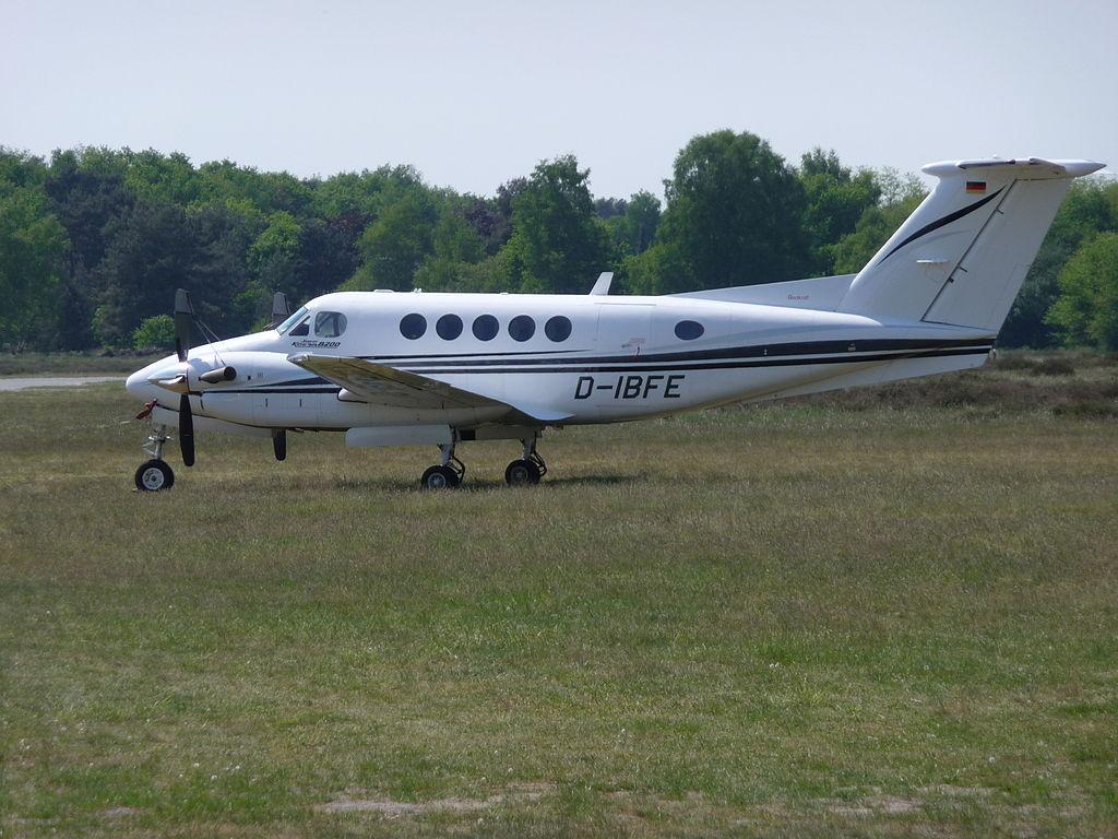 King_Air_B200_at_EDLI