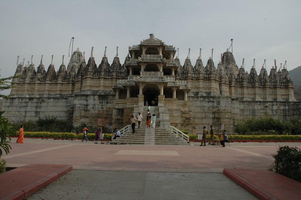 Ranakpur Jain Temple - A Spectacle